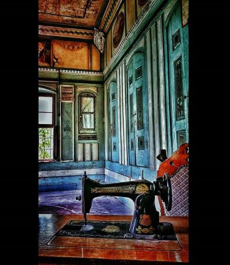 Gaziantep 2016 Gaziantep Papirüscafe Photographercanokkali Photobycanokkali Amateurphotographer  Amateurphotography Photographer Photography Color Coloroftheday Oldhouse Oldbuilding Interior Turkey Travel Travelphotography Photooftheday