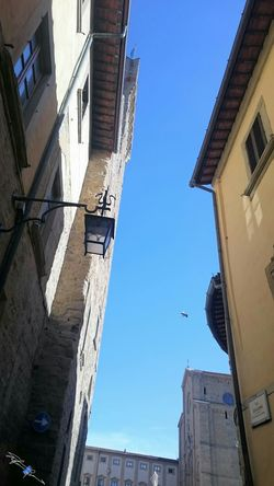 Looking Up! Showcase April Spring Old Town Light And Shadow Backlight Arezzo Italy🇮🇹 Z3 Xperia Arezzox