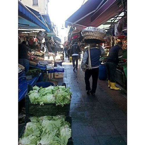 I şlemsiz Untreated Kad ıköy_çarşı Kadikoy_bazaar bazaar pretzel greengrocer life like light city moorning istanbul kadıköy turkey