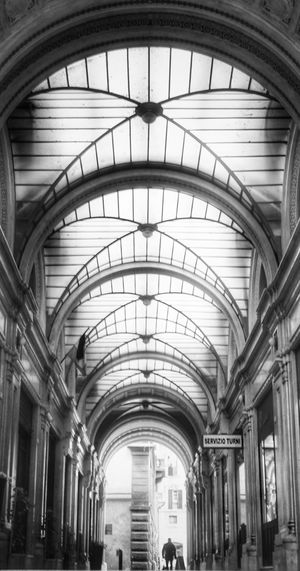 EyeEm New Here Italy Blackandwhite Monochrome Arch Architecture Indoors  Ceiling Built Structure Railroad Station Travel Destinations Real People Day