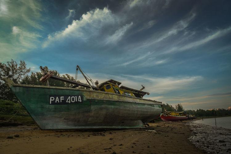 fisherman boat. Boat Bot Was Hit Fisherman's Boat No People Old Fishing Boats Sea Sky Wooden Boats