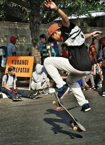 Skateboarding Skateboard Streetphotography Carfreeday Enjoying Life Quickjump Q By Audi The Street Photographer - 2016 EyeEm Awards