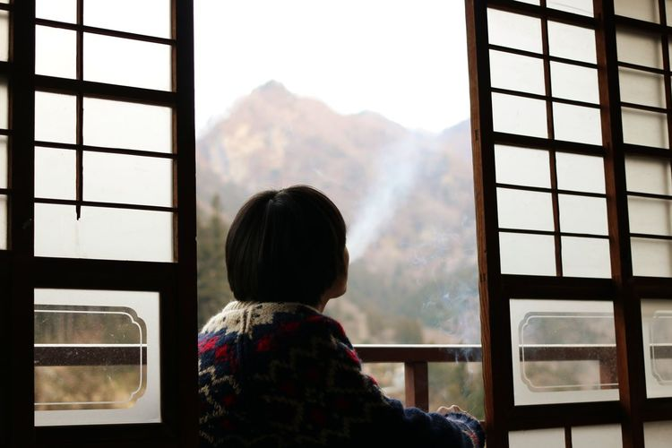 chilling Smoke Child Childhood Looking Through Window Males  Window Rear View Mountain Boys Sky Sliding Door Winter Cold Covering Weather