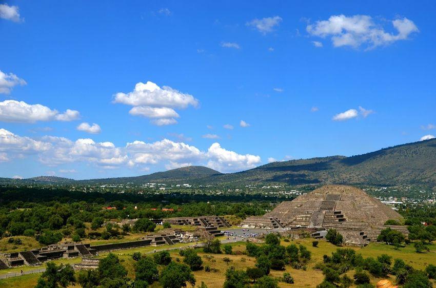 IPS2016Composition IPSWebsite Ips Pirámides Laluna Mexico Pirámides De Teotihuacan Teotihuacan History Showcase: January