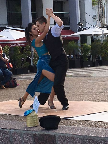 Tango City Two People Outdoors Adult People Lifestyles Buenosaires Argentina Dance Tango Dancers Tangoargentino Tango Time