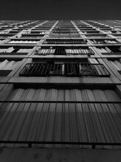 🏢👀 Buildings view No People Architecture Outdoors Day Marseille Marseillerebelle Quartier Monochromatic Monochrome Photography Mono Monochrome Sky Low Angle View