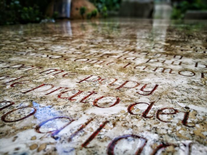 Text Messaging Reflection Rain Raining Day Papy Tati Daydreaming Good Day Love You Text Western Script Communication Day No People Outdoors Close-up