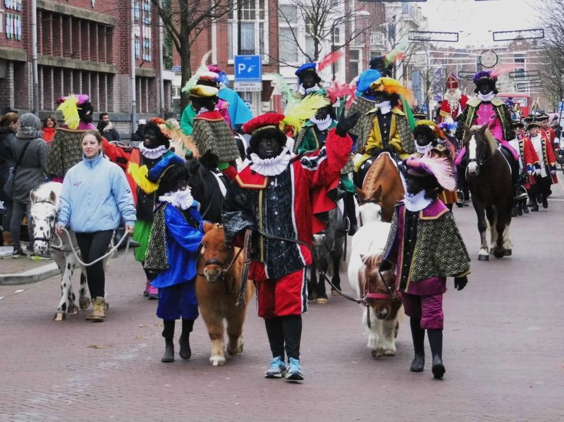 Colors Cultures Enjoying Life Friendship Lifestyles Sinterklaas St Nicolas Togetherness Tradition Zwarte Piet évènements