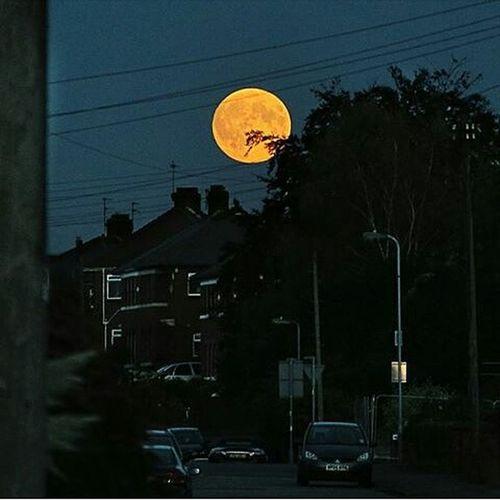 Supermoon Redmoon Spotedby @alexkeenphoto Perfect Love your work Professional Moonlover Hugemoon Walesuk