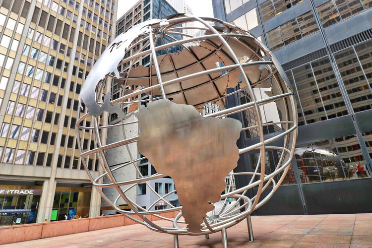 Globe By Willis Tower Wire Globe By Sear Tower Wire Globe By Willis Tower Wire Globe Chicago Wire Sculpture Chicago