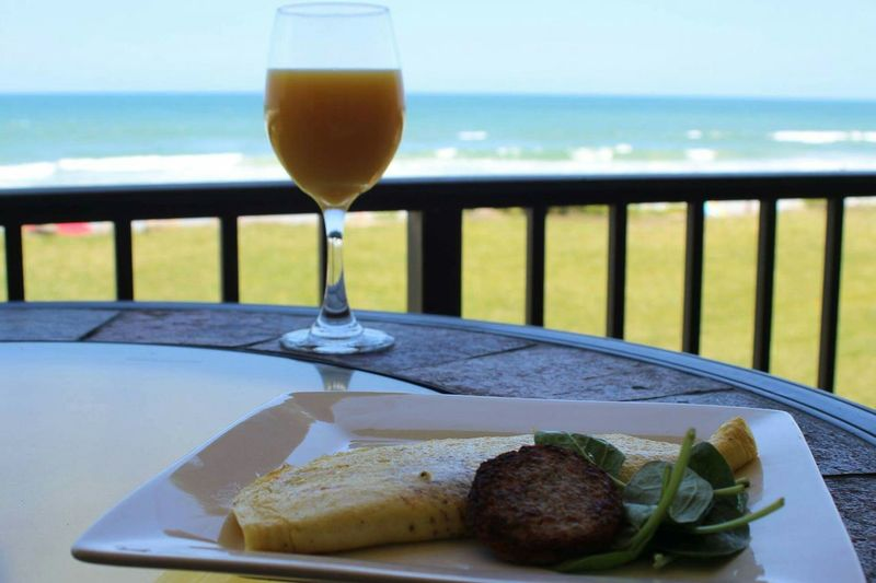 Brrakfast by the beach. Beach Ocean Ocean View Sea Seaside Sea And Sky Beach Vacation Vacation Relaxing Relaxation Relax Luxury Luxurious Breaskfast Omlette Orange Juice  Juice Florida Florida Oranges Breakfast At The Beach Fancy Food Organic The Essence Of Summer- 2016 EyeEm Awards The Essence Of Summer