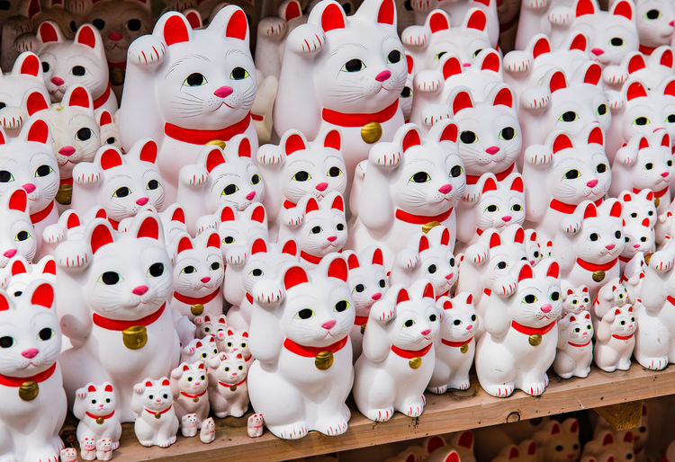 Representation Large Group Of Objects Retail  For Sale No People Abundance Market Creativity Choice Collection White Color Human Representation Business Art And Craft Arrangement Market Stall Small Business In A Row Retail Display Order Sale Japan Manekineko Lucky Cat