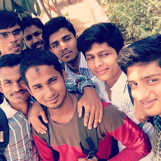 Selfie with frnds 😜 Tp😉 Fun💕 Masti 😝 😝😜😉😍😘😁😊
