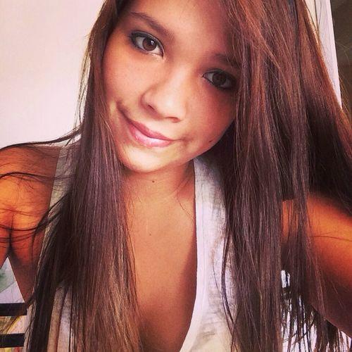Hello World That's Me Girl Selfie