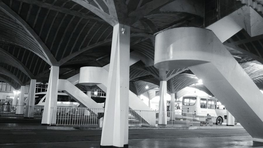 Architecture Architectural Column No People Outdoors EyeEmNewHere ZenfoneSelfie Popular Photos Terminal Construction Architecture Bus Station Bus EyeEm Best Shots EyeEm Gallery Light And Shadow Blackandwhite