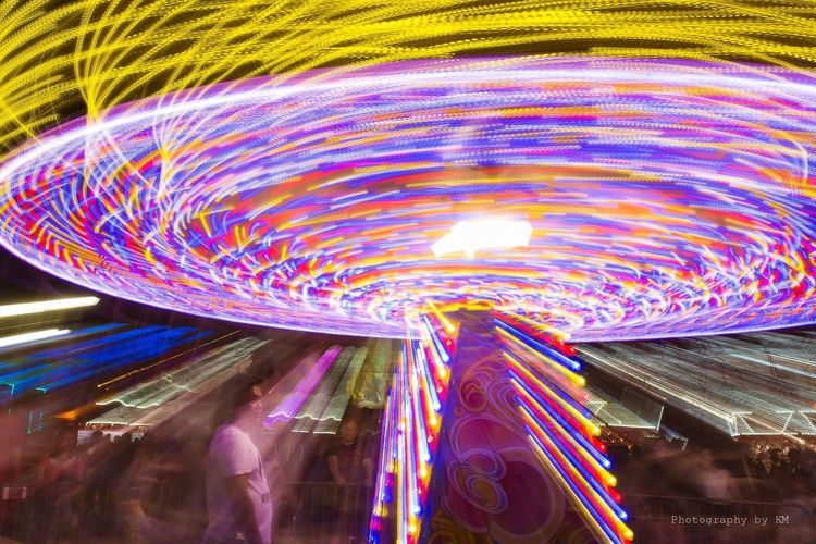 Spin! Creative Light And Shadow Ilightmarinabay Long Exposure Carousel Lights Zoom Spin Movement
