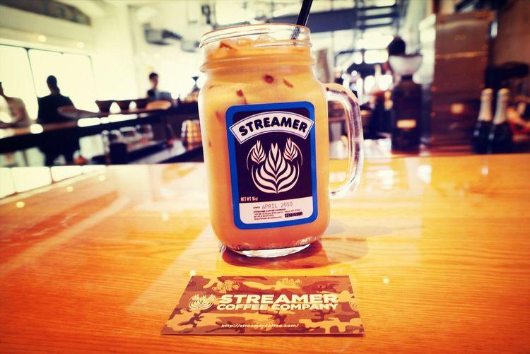 夏日な今日は、火照ったカラダにラテが沁み渡る〜 Cafe Latte Iced Coffee Coffee Break