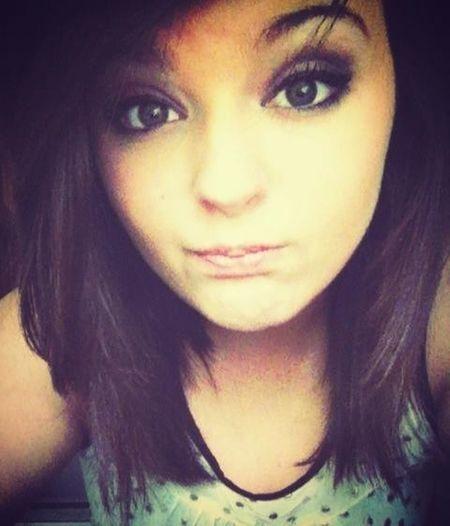 Hi . Im Awkward .