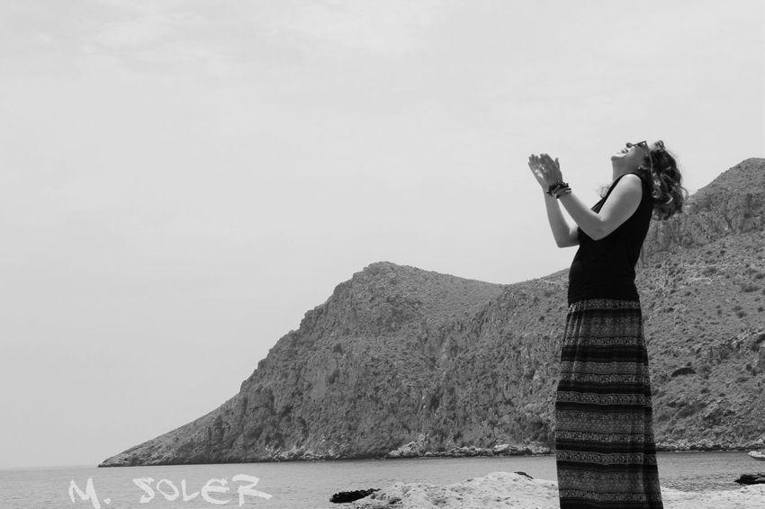 Portrait Of A Woman Portrait Of A Friend Portrait Photography Portrait Of A Girl Portrait Portraits Of EyeEm Portrait_shots Portraitist-2016 Eyeem Awards Retrato Retratosfemininos Retratos Woman Portrait Woman Mujer Mujeres Mujeres Naturales Aguilas Murcia Sea Mar