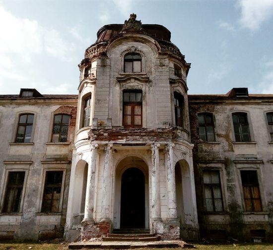 История, дворец, поселок желудок, беларусь, хх век Architecture Travel Destinations History Built Structure Tourism No People Day