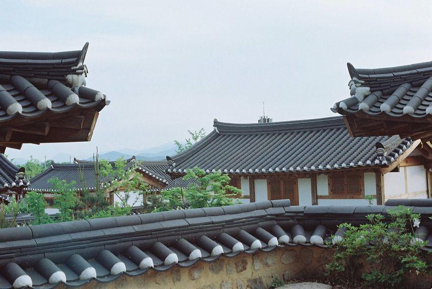 Korean Traditional Architecture Hanok Village Traveling Peaceful Place Film Photography EyeEm Korea