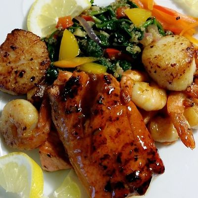 Seafood Plate fit for a Queen! Ddcatering QueenBunny OneLove