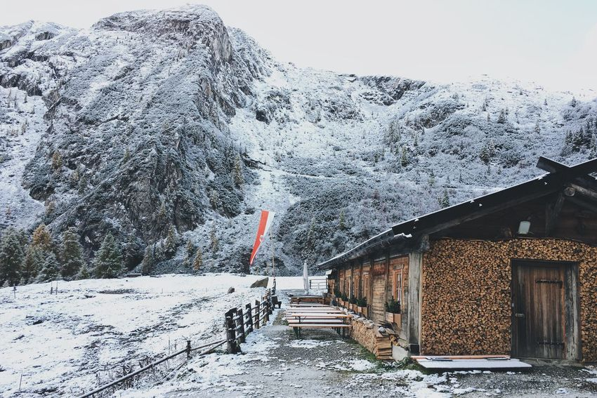 One of my favorite mountain hut in the Ridnaun region. Snow Mountain Nature Beauty In Nature Alps Vscocam VSCO Southtyrol  Cold Days Picoftheday Photooftheday Mountainlove Hiking Hikingadventures