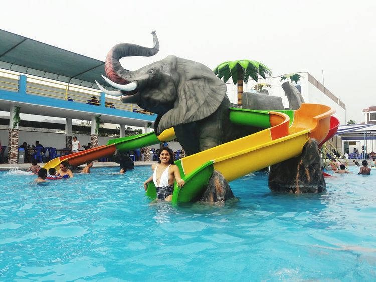 Water Adults Only Leisure Activity Outdoors Real People People Adult