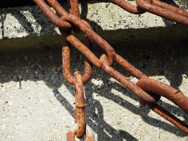Freedom Rust Break Free Chain Close-up Damaged Day Decline Deterioration High Angle View Iron Iron - Metal Medival Metal Middle Ages No People Nostalgia Nostalgic  Old Outdoors Rusted Rusty Safety Strength Weathered