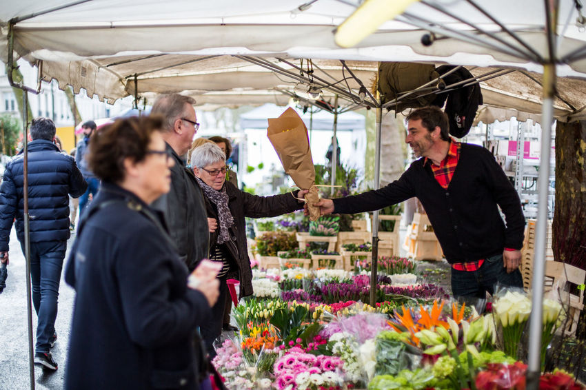 Day Florist Flower Freshness Lifestyles Market Market Stall Nature Young Women