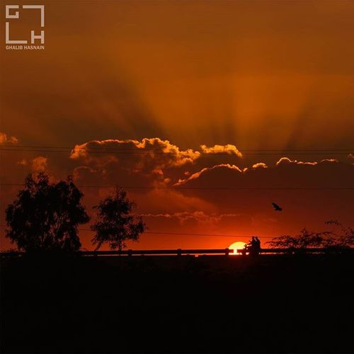 Coming Back Home Home Sunset Travel Travelogue Superhighway Ghalibhasnainphotography Ghalibhasnain Clouds Sun Beautifulpakistan Sind Pakistan