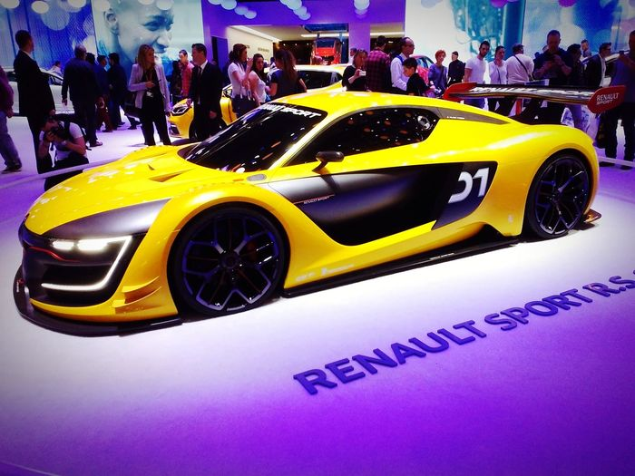 Renault Renault RS 01 RenaultSport Mustard Yellow GenevaInternationalMotorShow2015 GIMS2015 Swiss