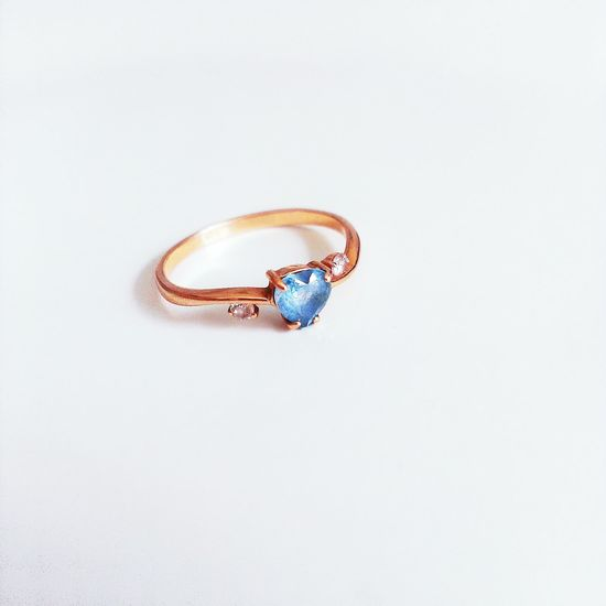 ok, I can see why the white is a thing. the colors are gorgeous. btw, this is my favorite ring Ring Minimalism White Vscocam