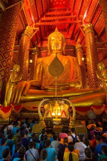 Religion Lord Buddha Gold Templephotography WatPhananChoengWorawihan Ayutthaya Thailand