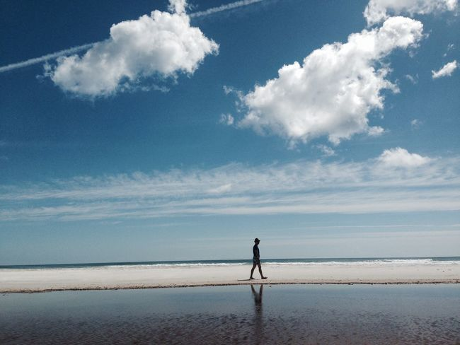 Beach Beauty In Nature Cloud - Sky Day Full Length Horizon Over Water Men Nature One Person Outdoors People Real People Sand Scenics Sea Sky Standing Tranquil Scene Tranquility Water Sommergefühle EyeEm Selects EyeEmNewHere