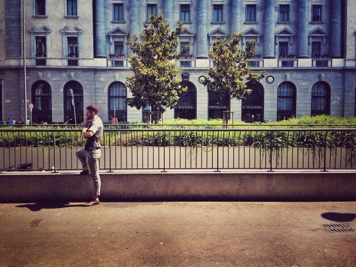 EEA3-Milano Urbanphotography EyeEm Best Edits Taking Photos Architecture Urban Geometry Photography Waiting EyeEm Best Shots