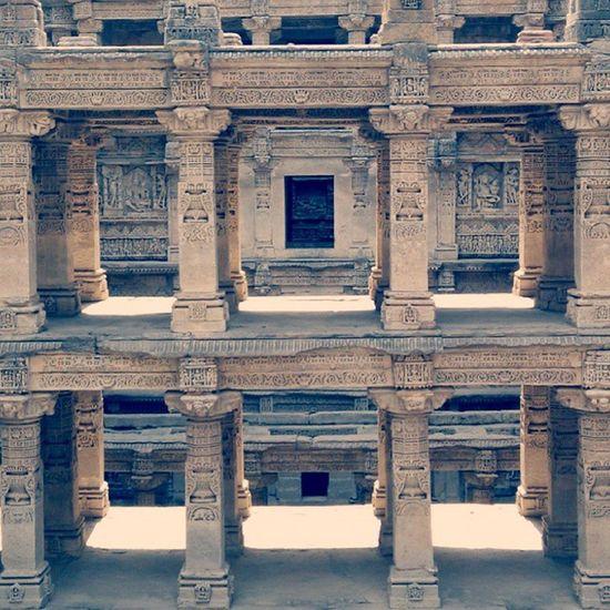 India_on_focus Inspiroindia Indiaphotosociety Thephotosociety Canon_photos Manseriesindia _oye _soi Natgeo Lifeinalane India_gram Ig_global_people Gf_india Indiapictures Indiaclicks Reportagespotlight Facesoftheearth Theworldshotz Inspiroindia Ig_india Bns_india Portraitmood Candid_faces Universal_bnw Bns_india phototag_it natgeo @afpphoto everydayasia indiaexposed gettyreportage Beauty of patan..