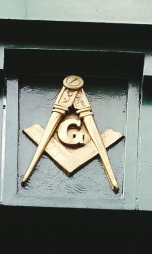 Walking Around Open Edit Symbol Taking Photos Masonic Seattle The Square And Compasses Simplicity Symbolic Symmetry Masonictemple