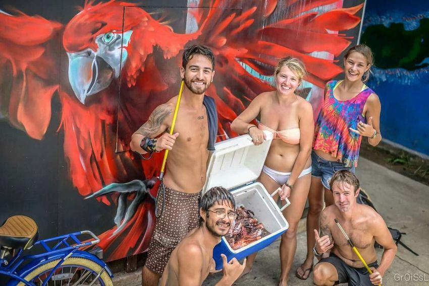 Spearfishing Champions Utila Honduras Ocean Lionfish Killer WINNING!! Parrots 50mm