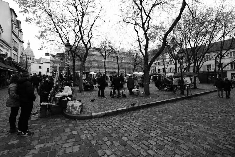 Paris City France Place People Watching Painters Artist Monochrome_Photography