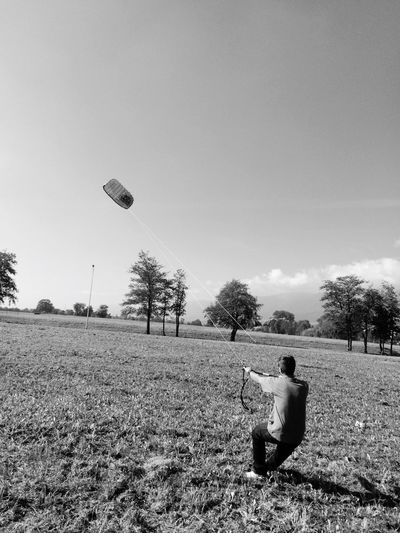 Kites Liquidforce me and my trainerkite just chillin in solothurn, switzerland Myhobby