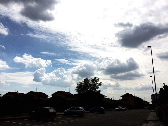 Giornata nuvolosa... Ottimo un contrasto di luci bellissimo