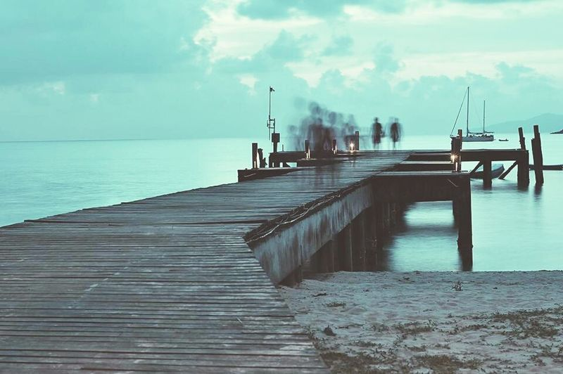 Sea Bridge Jetty, Pier Shadow, Shade; Image, Reflection; Lustre, Gloss, Gleam