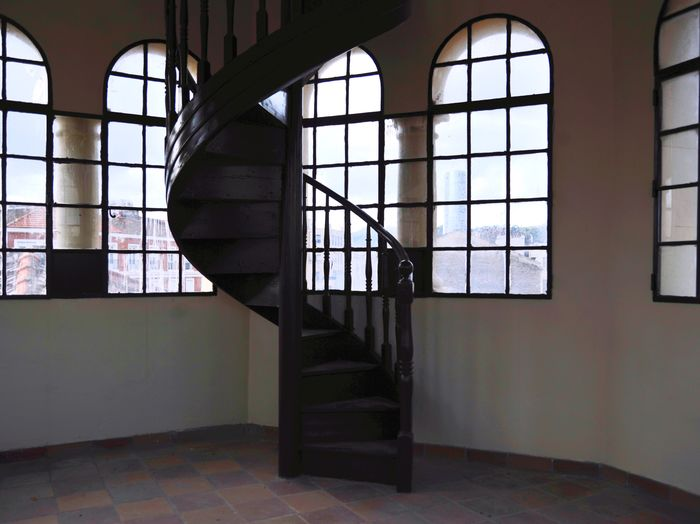 Empty staircase