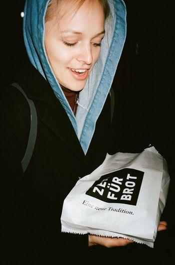 ⏱ 4 🍞 Portrait Saturday Treats Time Bread Women Smiling Happiness