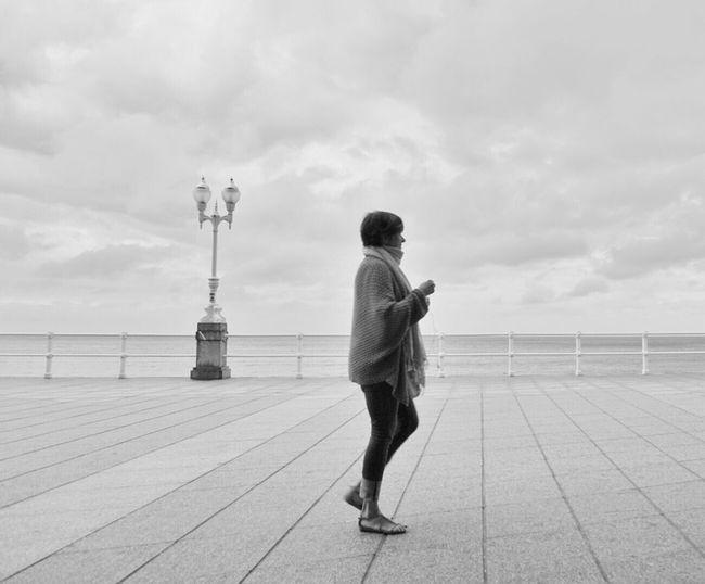 Mi Serie Gijón Minimalobsession Minimalism Minimal Streetphotography Streetphoto_bw White Mi Serie Minimal Over And Over...