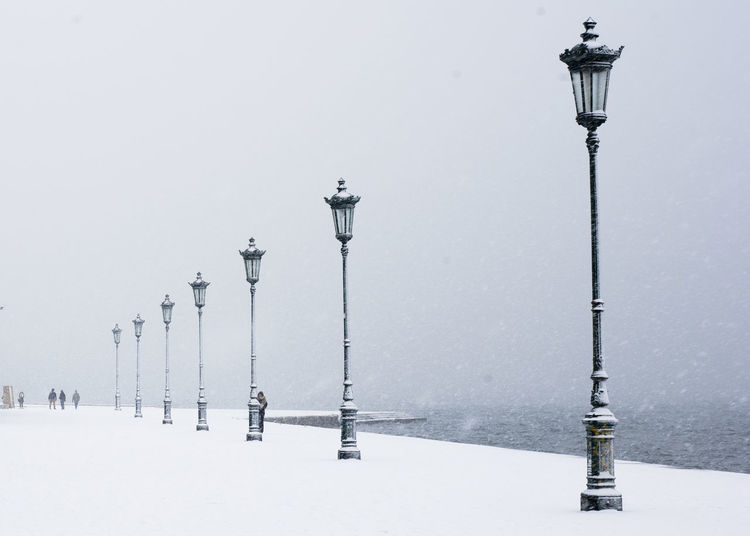 Cold Temperature Outdoors Portrait Sea Snow Street Light The Winter EyeEmNewHere
