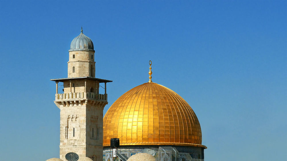 Golden Dome of the Rock in Jerusalem. Dome of the Rock is located on the top of the Temple Mount in Jerusalem, Israel. Dome Of The Rock Architecture Building Exterior Built Structure Clear Sky Day Dome Dome Of The Rock Jerusalem Jerusalem No People Outdoors Place Of Worship Qudds Quddus Qudoos Quds Religion Sky An Eye For Travel The Architect - 2018 EyeEm Awards