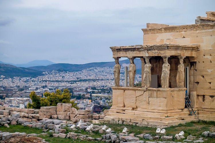 Akropolis,
