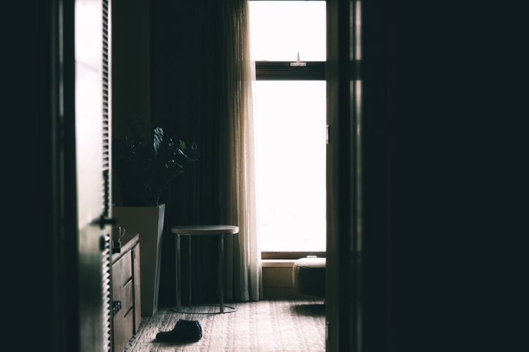 China Photos Hotel Hotel Room My Room Window Day Indoors  No People Sunlight Shadow Architecture Built Structure Door Open Door Silhouette Springtime Petal Travel Snapshots Of Life Snapshot Streamzoofamily Streamzoofamily Friends Black And White Friday